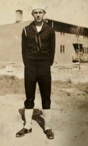 Photo of Henry Trapp, Jr. i Navy uniform, 1943